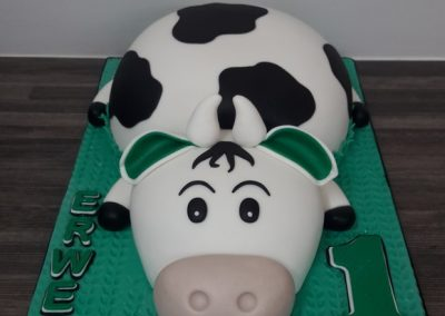3D Cow Cake